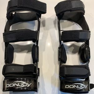 3ce0a5eef0 DonJoy Other   Two Oa Full Force Reaction Knee Braces   Poshmark